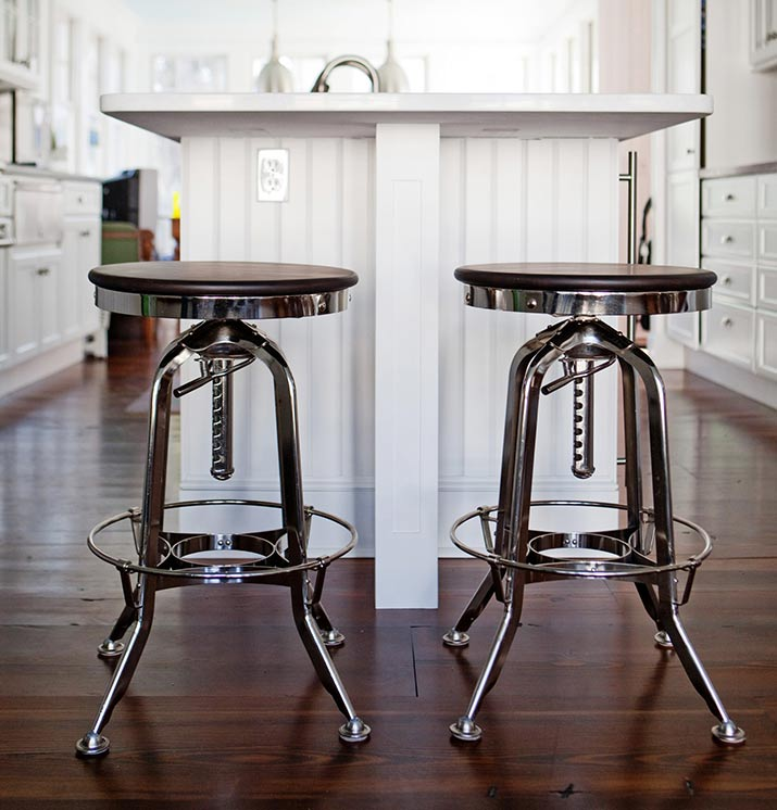 Fabulous Coastal White Kitchen Stainless Steel Stools Gail Hallock Caraccident5 Cool Chair Designs And Ideas Caraccident5Info
