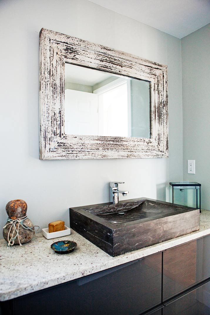 Rustic Chic Bathroom Vanity 52